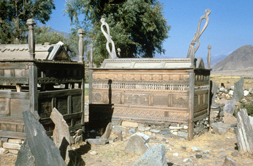 Afghanistan, Kunar Valley, carved Nuristan wooden tombs, Chaga Sara