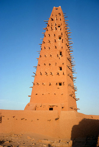 Mosque, made of clay in 1515, restored 1814, Agadez, Niger, western Africa