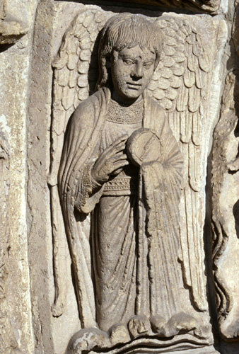 Angel royal portal central bay left inner archivolt Chartres Cathedral