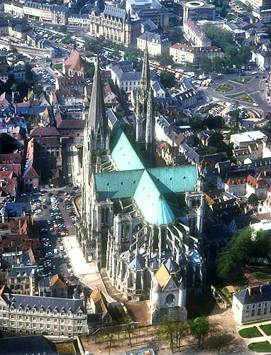Aerial view from east, showing cruciform shape, Chartres Cathedral, France