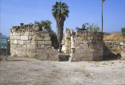 Small Umayyad palace on the north west shore of the Sea of Galilee, Khirbet El-Minya