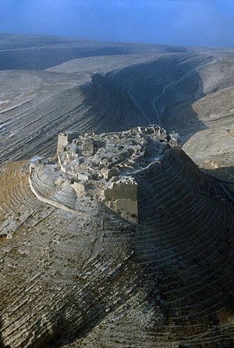 Shaubak Castle built by Baudouin I of Jerusalem in 1115, aerial photograph, Jordan