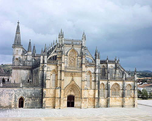Batalha Abbey Church, begun 1386, completed circa 1517, west façade, central region, Portugal