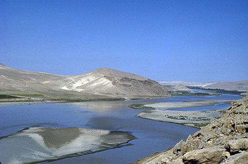 Syria, River Euphrates at Jebel Khalid