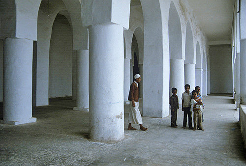 Great Mosque, seventh century, interior, Al Janad, Yemen