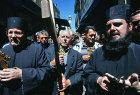 Israel, Jerusalem, Good Friday on the Via Dolorosa, Serbian Orthodox priest with rosary
